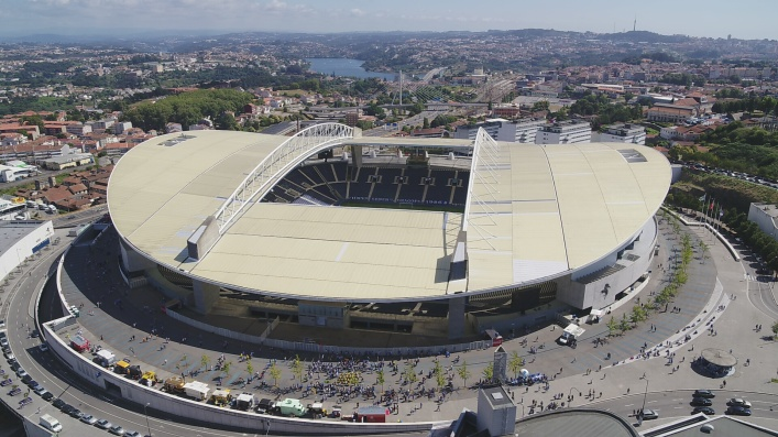 To our surprise, admittance at the Estádio do Dragão, Porto's home turf, found great value in the Portal.